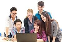 Chương trình đào tạo bậc Đại học liên kết giữa nhà trường và doanh nghiệp